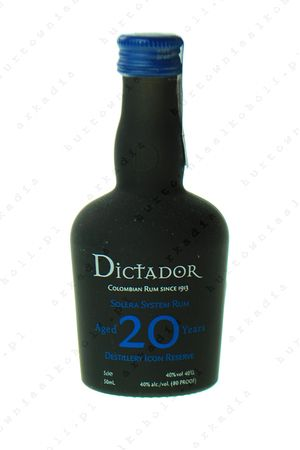 Dictador_20YO_mini