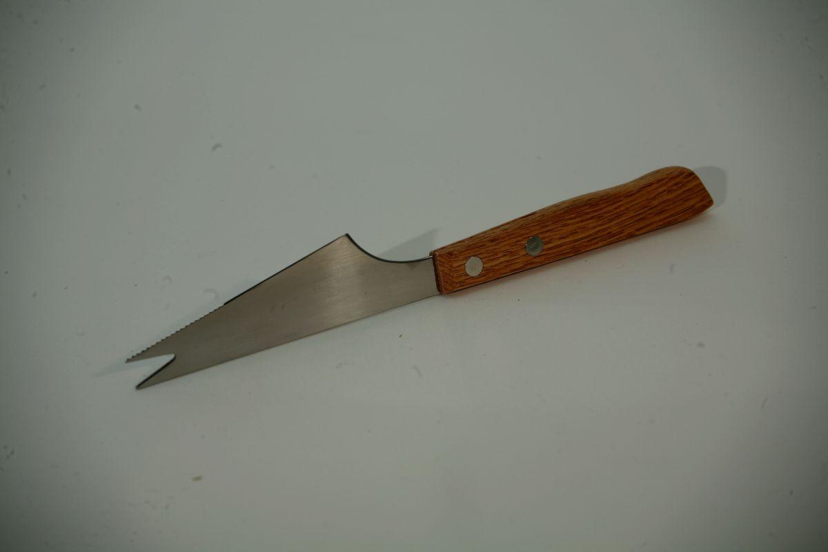 Nůž s vidličkou